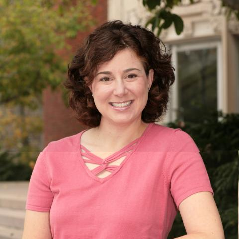 Portrait photo of Gayle Brodsky